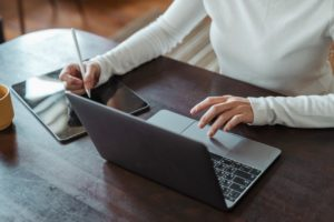 Why Using E-Signatures Will Make You A Better Freelancer